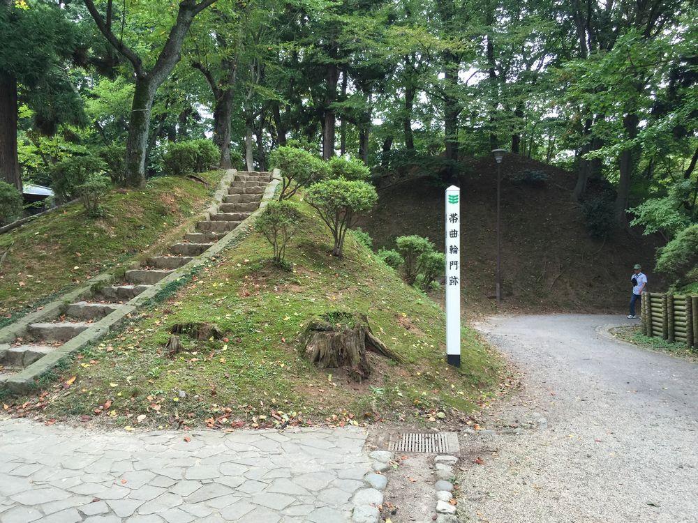 久保田城の土塁2