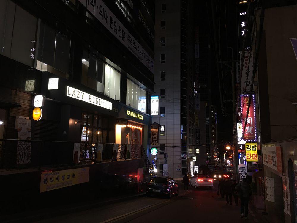 ソウルの江南駅の近く