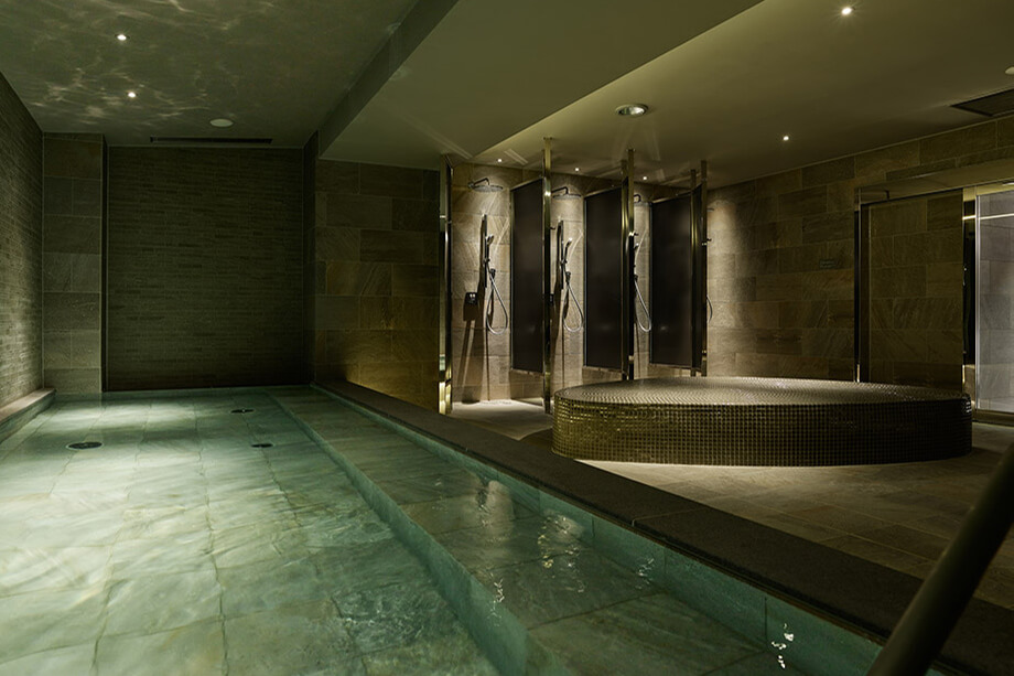 sequence KYOTO GOJOのバスの大浴場
