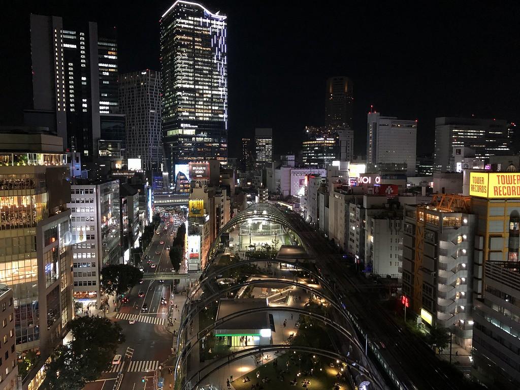 sequence MIYASHITA PARKからのミヤシタパーク側の夜景1
