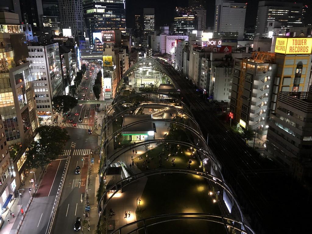 sequence MIYASHITA PARKからのミヤシタパーク側の夜景3