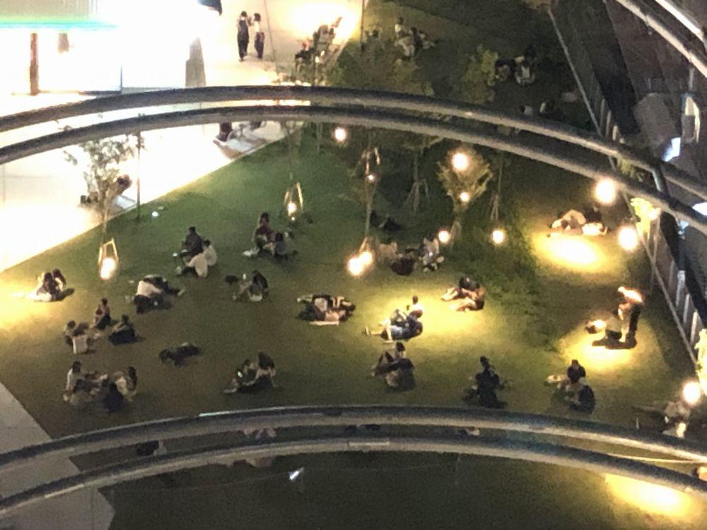 sequence MIYASHITA PARKから見た夜のミヤシタパーク2