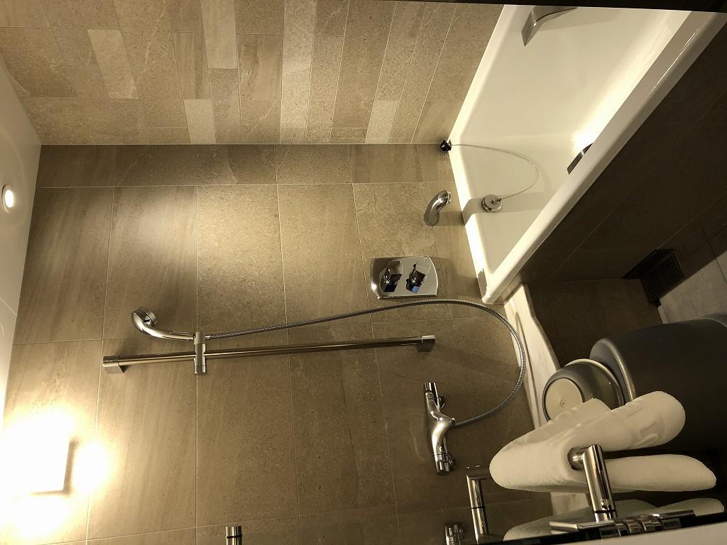 シェラトン都ホテル東京 プレミアムフロア スーペリアの浴室