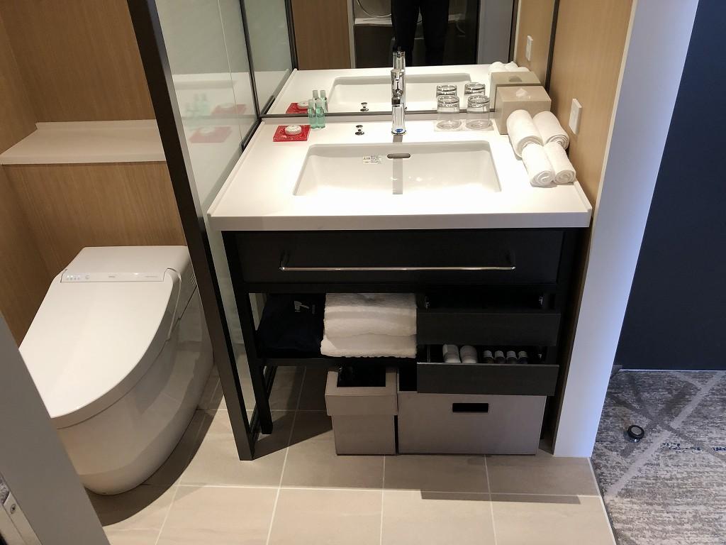 シェラトン都ホテル東京 プレミアムフロア スーペリアの洗面所