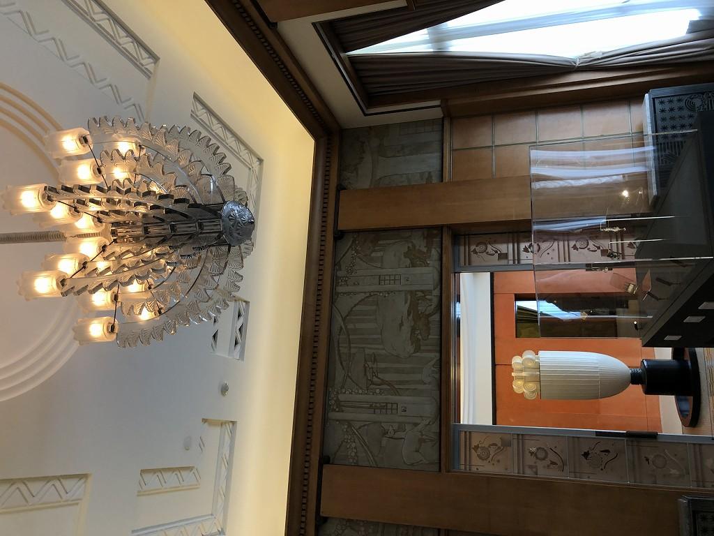 東京都庭園美術館のルネ・ラリックのシャンデリア1