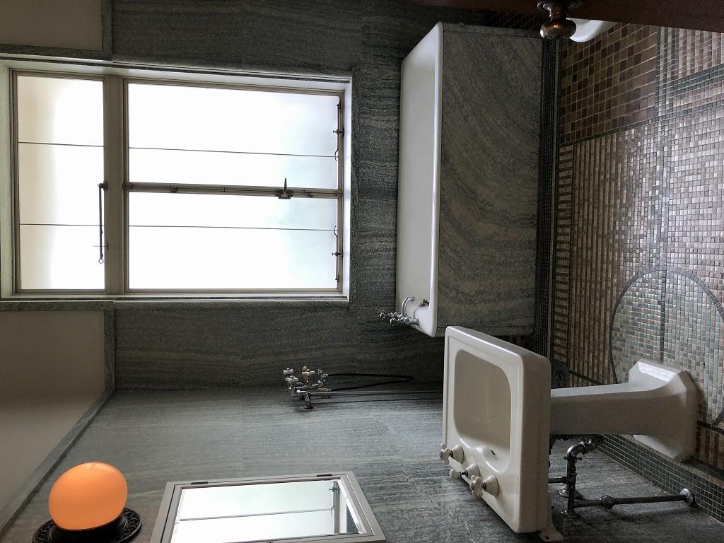 東京都庭園美術館の旧朝香宮邸の浴室