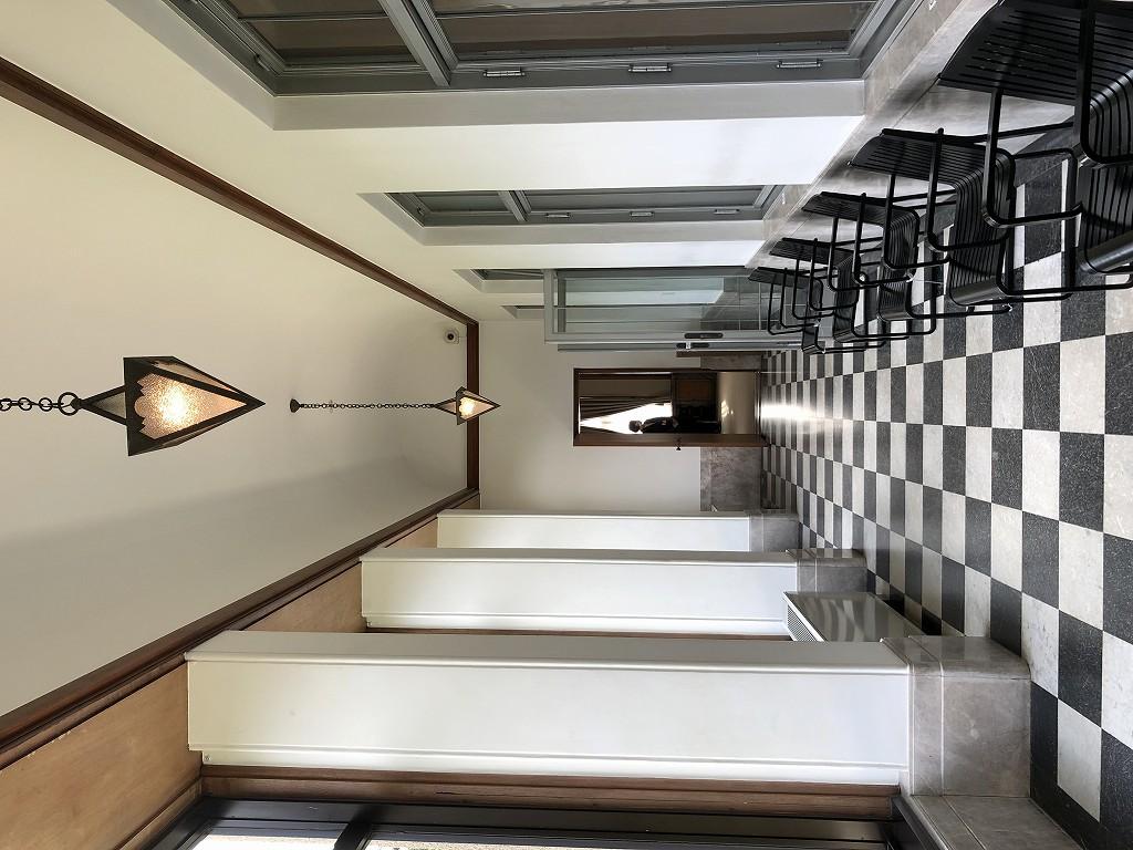 東京都庭園美術館の旧朝香宮邸のベランダ2