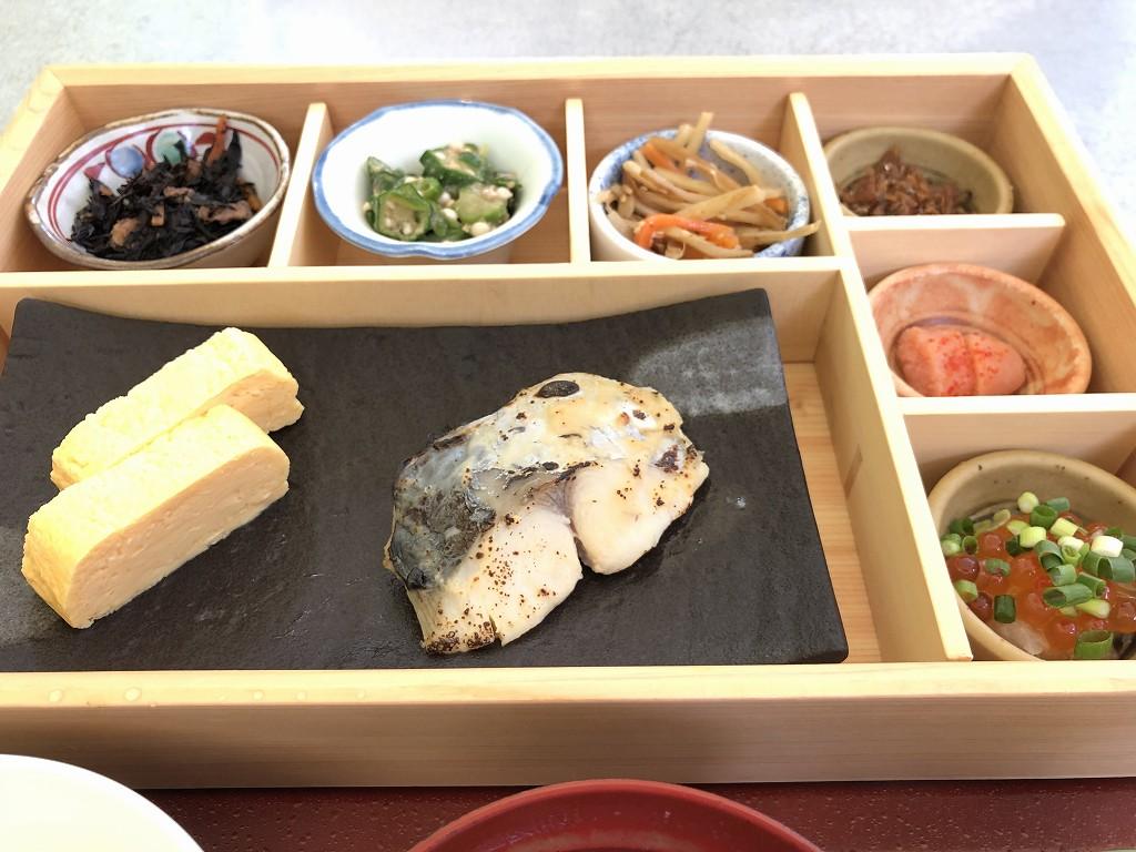 シェラトン都ホテル東京の「カフェ カリフォルニア」で和食の朝食2