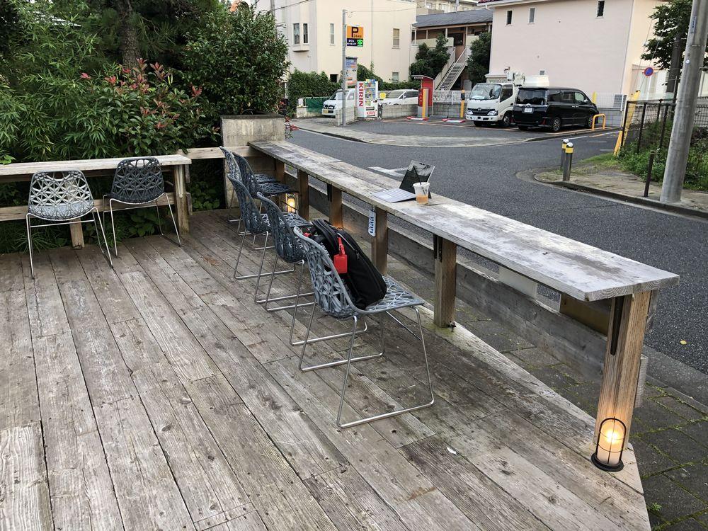 宍戸園カフェのウッドデッキのテラス席2