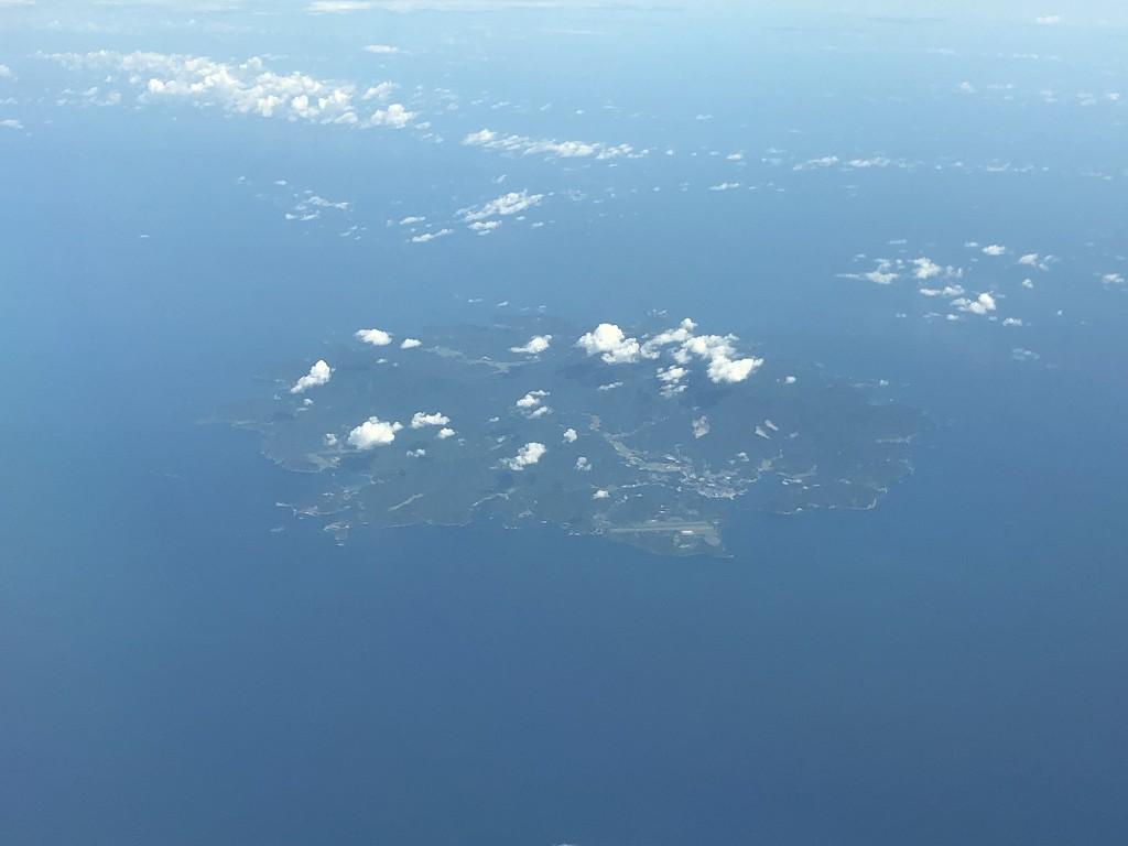 ANA861便から見た隠岐の島1