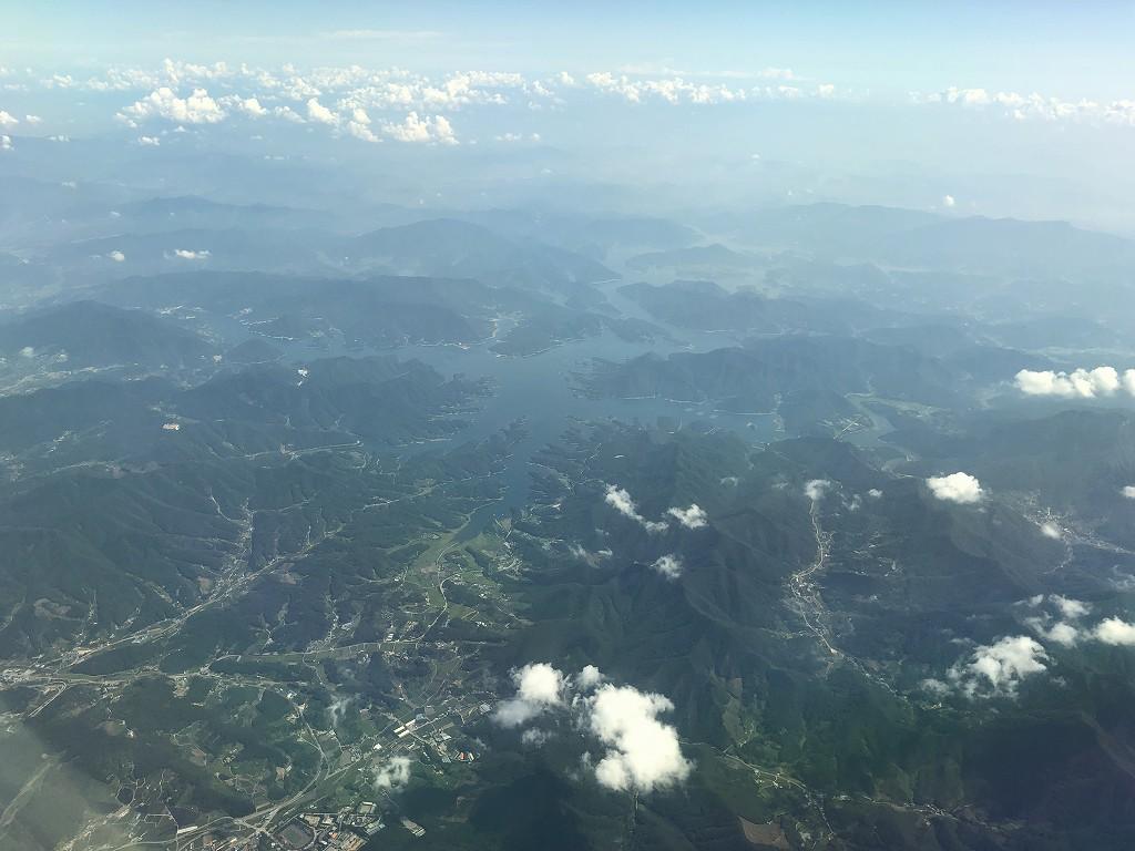 ANA861便から見た韓国の忠州湖