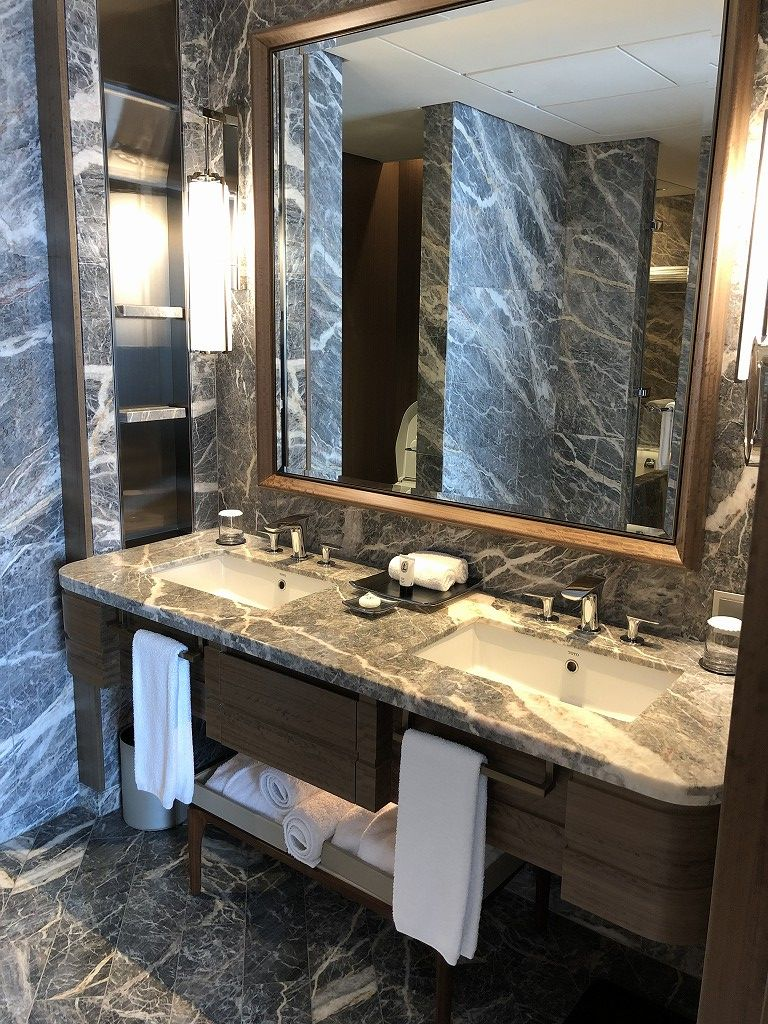 シグニエルソウルのデラックススイートルームの洗面所