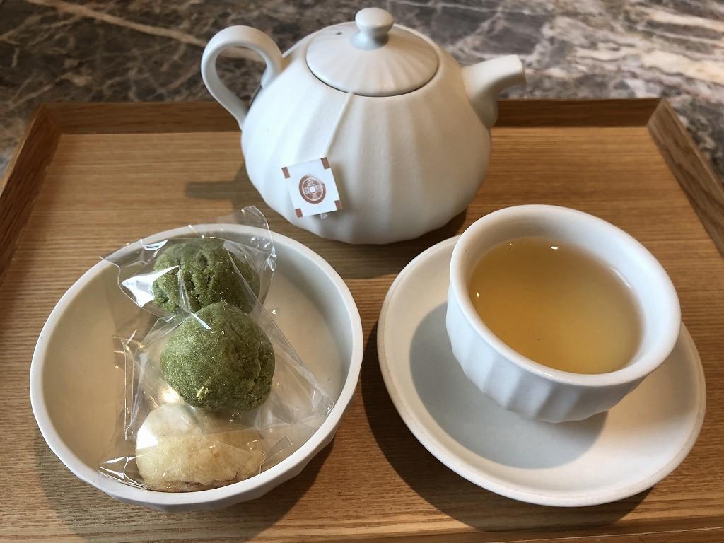 シグニエルソウルの緑茶サービス