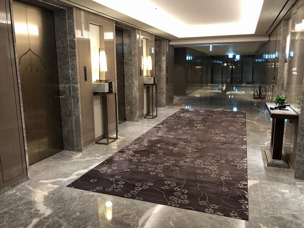 シグニエルソウルのエレベーターホール