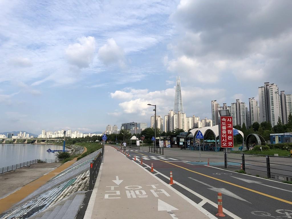 蚕室漢江公園の雰囲気