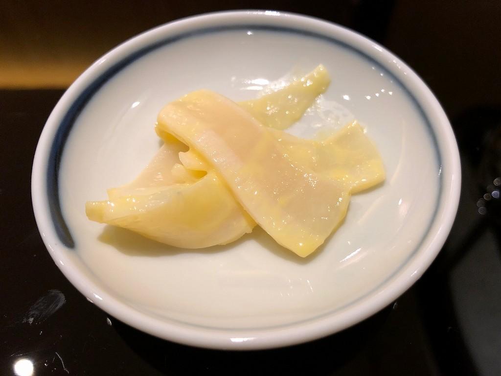 ソウルの「鮨 海信」のマンボウの腸