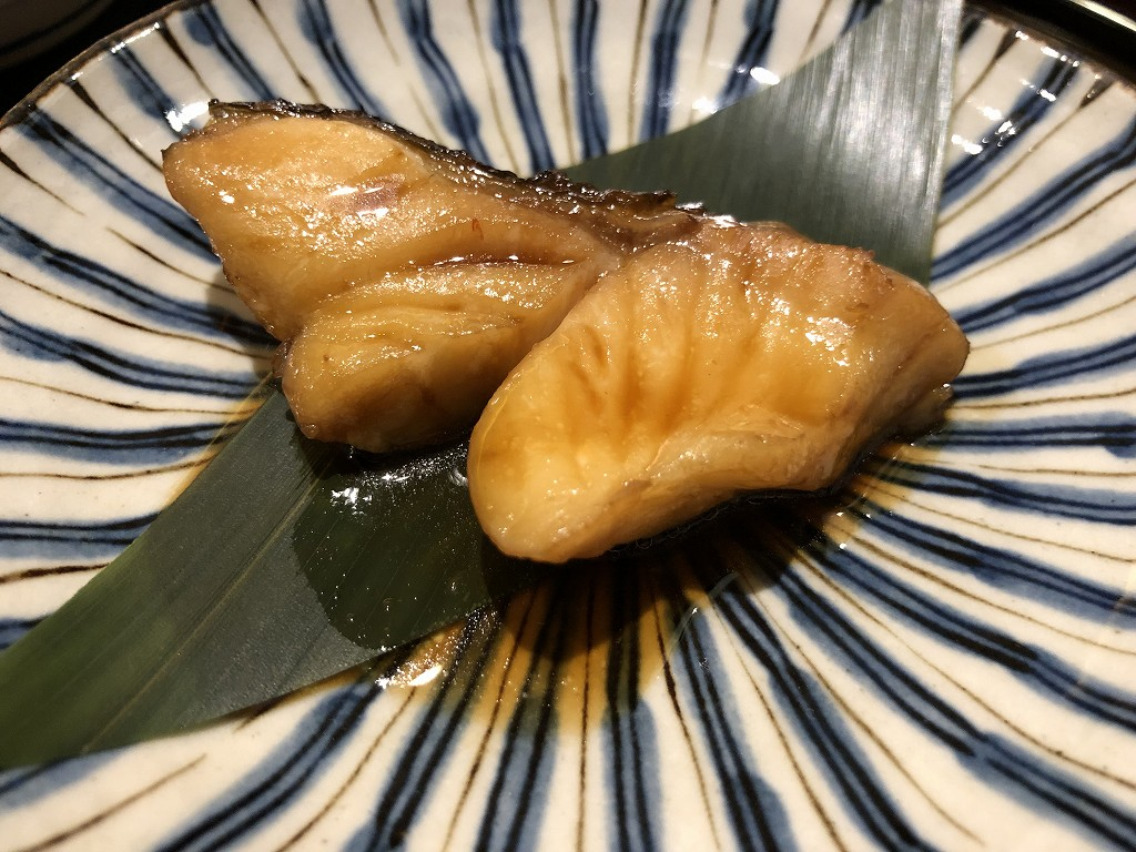 ソウルの「鮨 海信」の煮魚