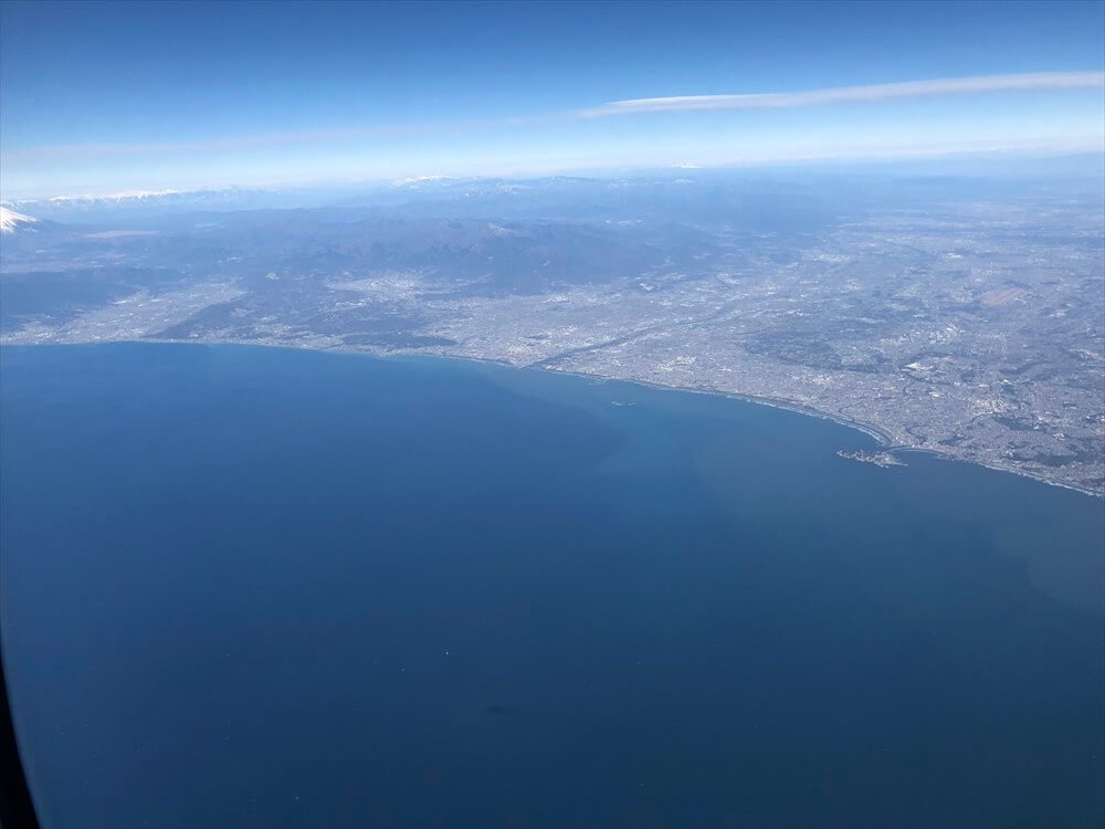 SQ631便からの江ノ島海岸