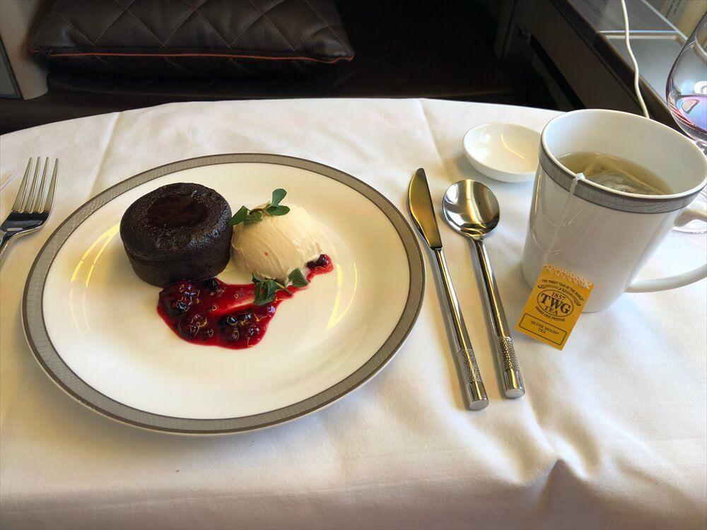 SQ631便ファーストクラスの機内食(デザート)