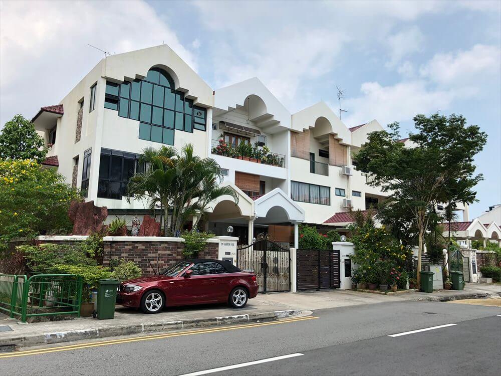 シンガポールのカトン地区のパステルカラーの商店2