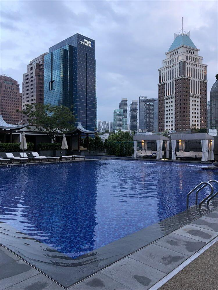 シンガポール マリオット タン プラザ ホテルのプール2