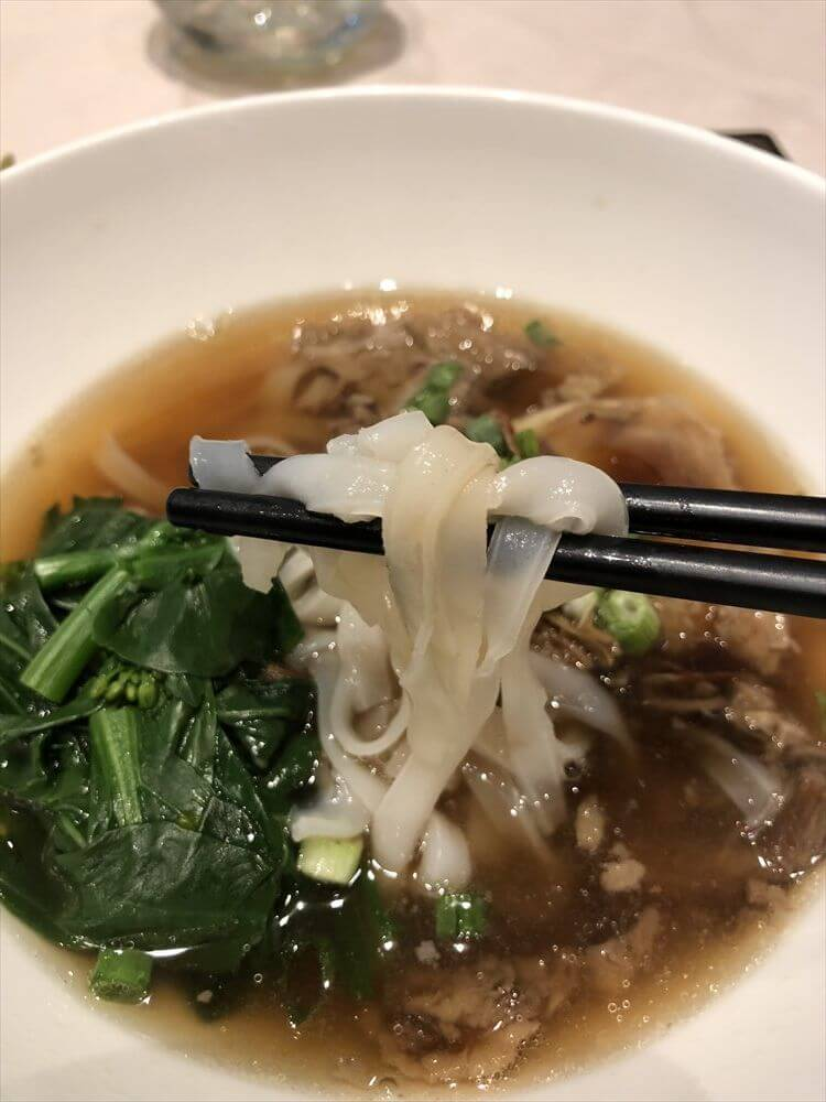 チャンギ空港のターミナル3のTHE PRIVATE ROOMのBeef Brisket Noodle2
