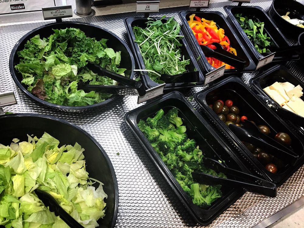 シズラー桜新町店の新鮮野菜1