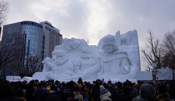 大雪像 雪のスター・ウォーズ画像