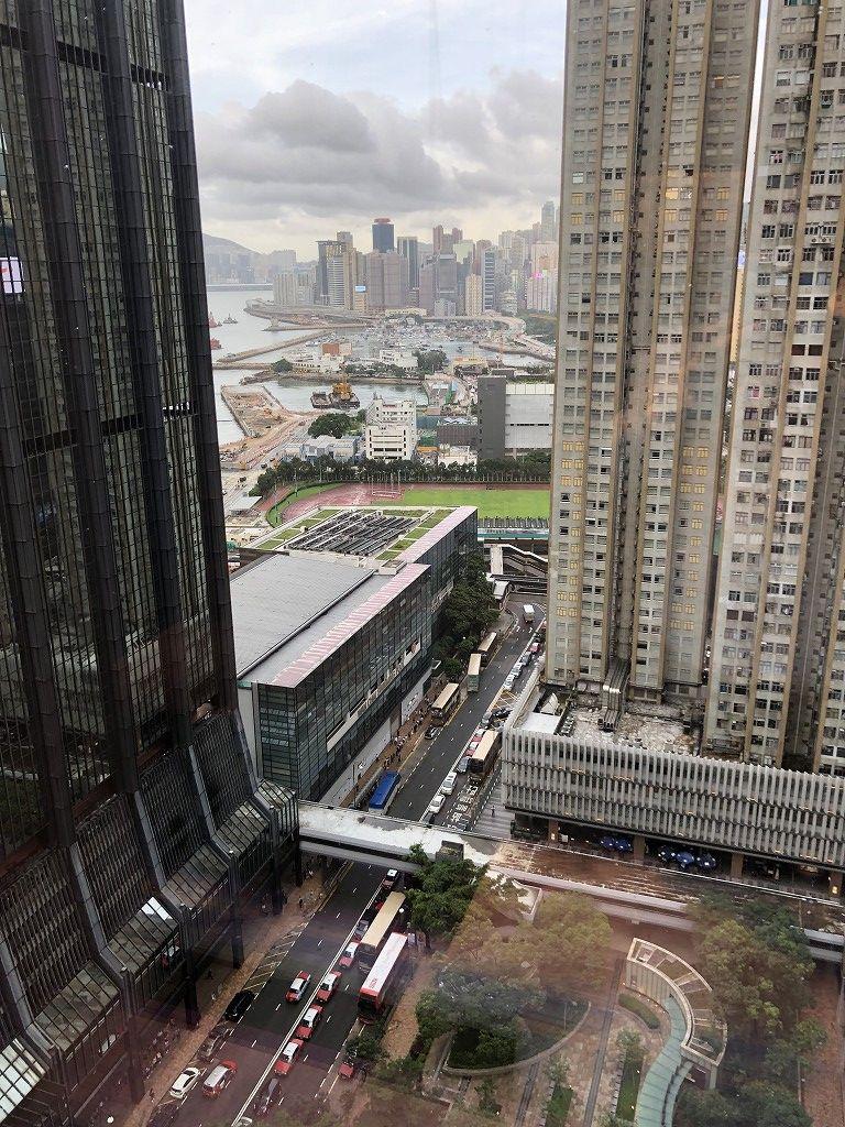 セントレジス香港のメトロポリタンスイートからの眺め(北側)