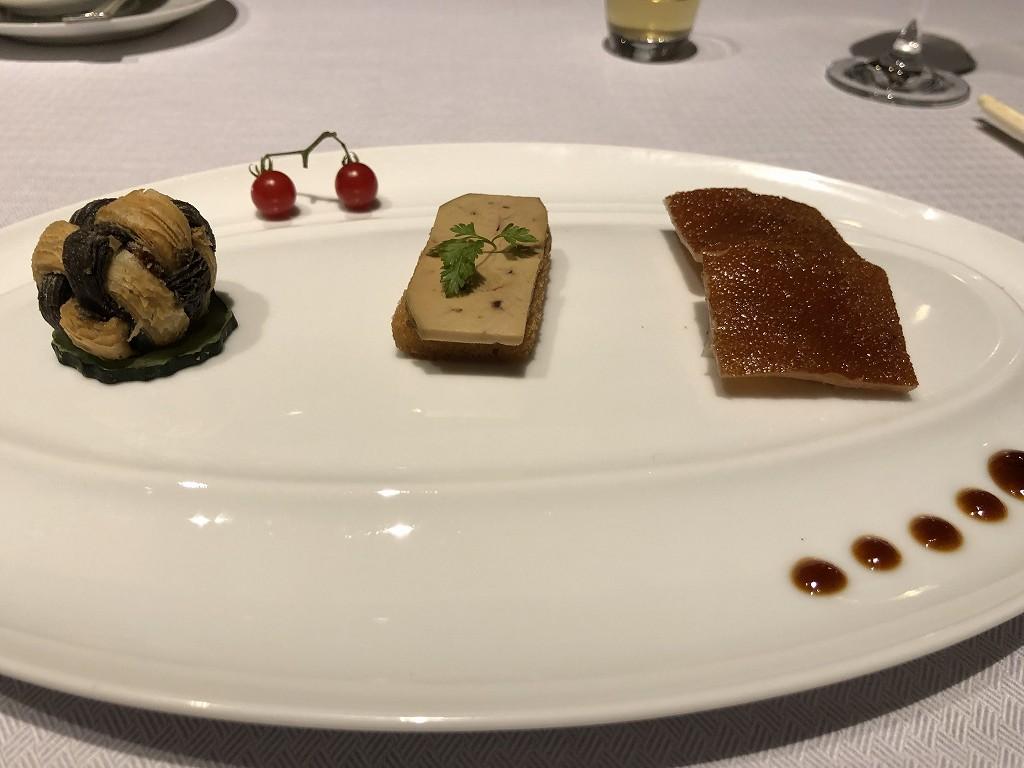セントレジス香港の「RUN」のディナーの前菜1