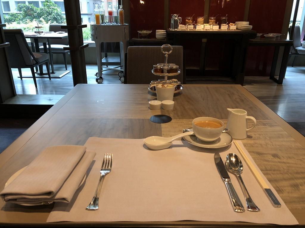 セントレジス香港の「RUN」での朝食1
