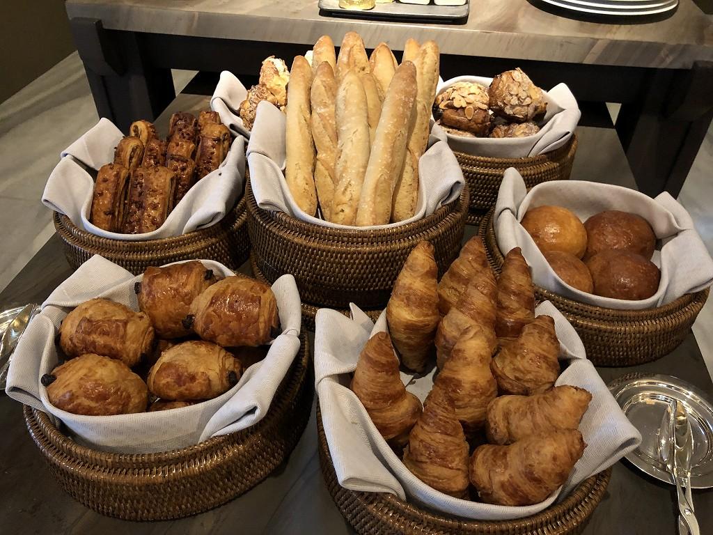 セントレジス香港の「RUN」での朝食のパン