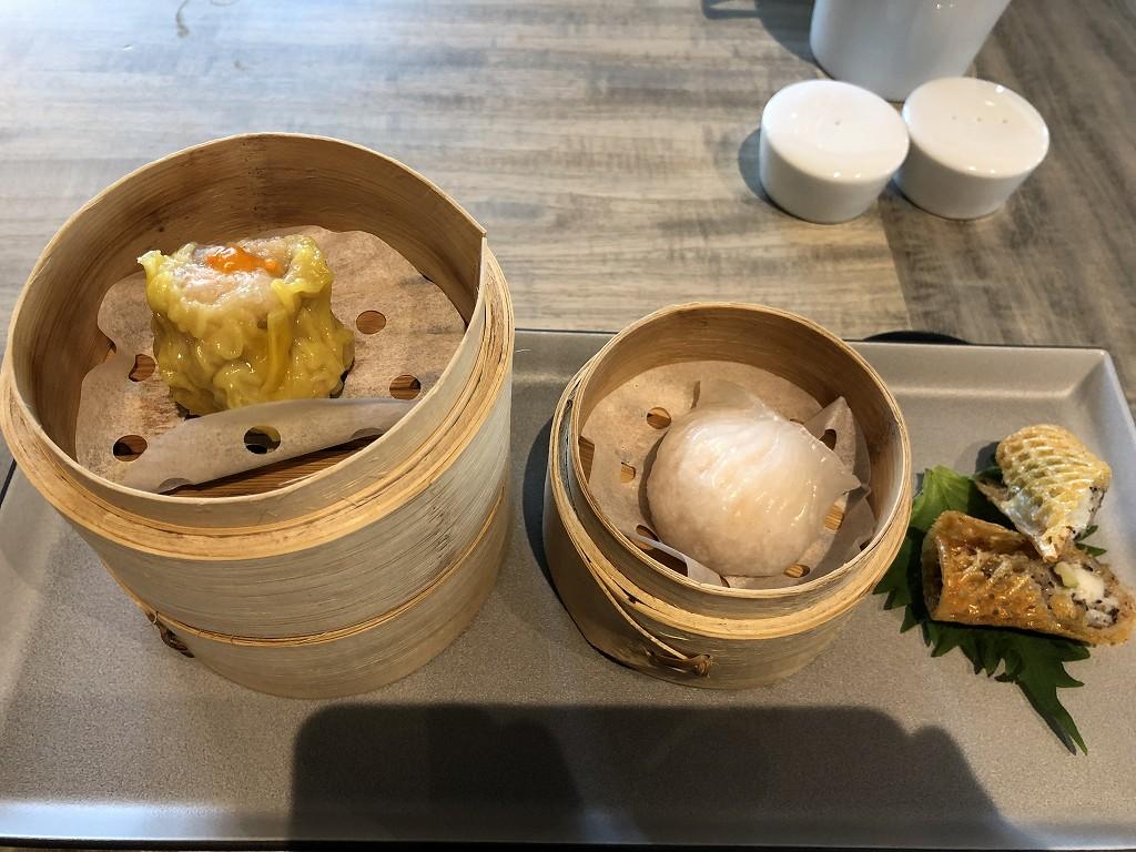 セントレジス香港の「RUN」での朝食のシュウマイ、水餃子1