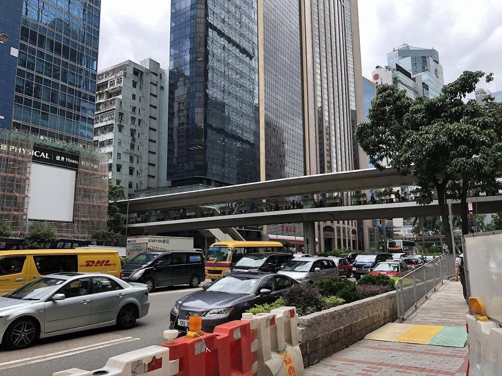セントレジス香港から湾仔駅へ1