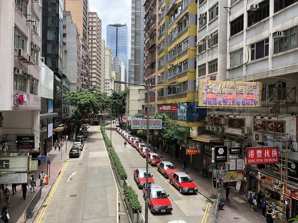 セントレジス香港から湾仔駅へ3