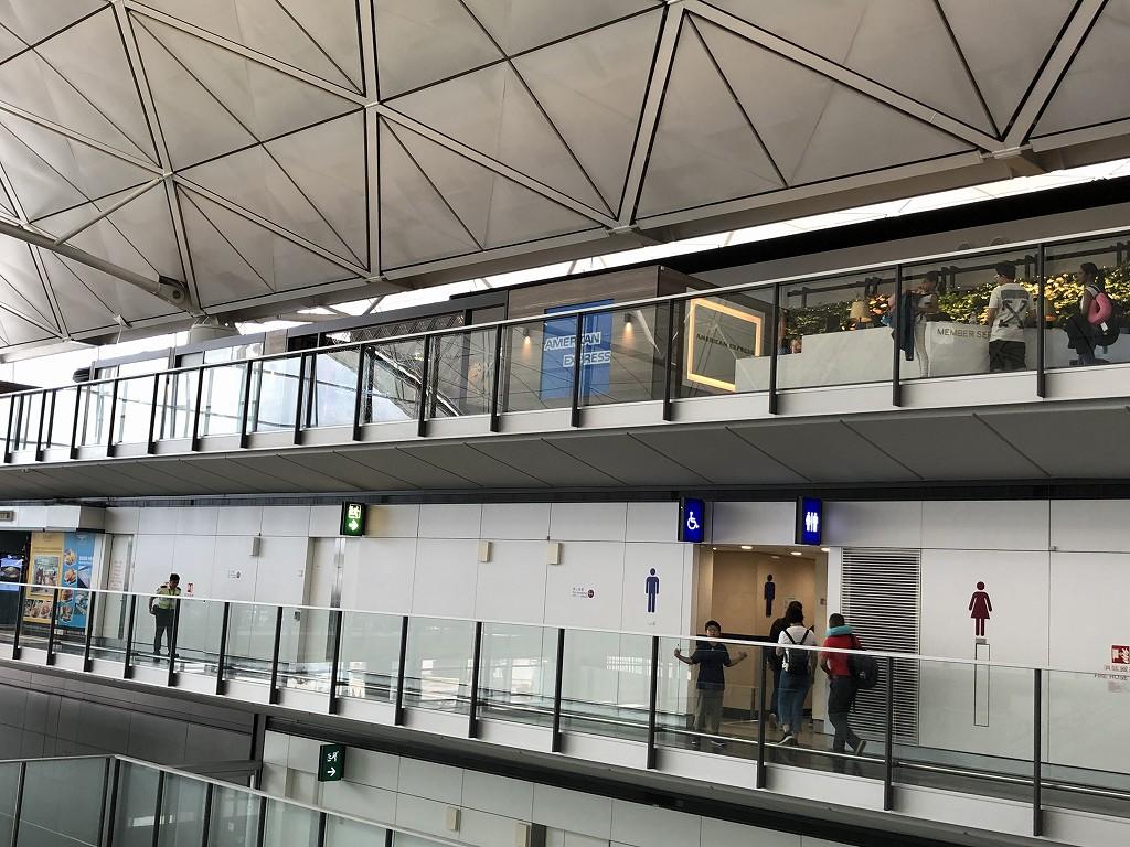 香港国際空港のアメックスセンチュリオンラウンジの位置1