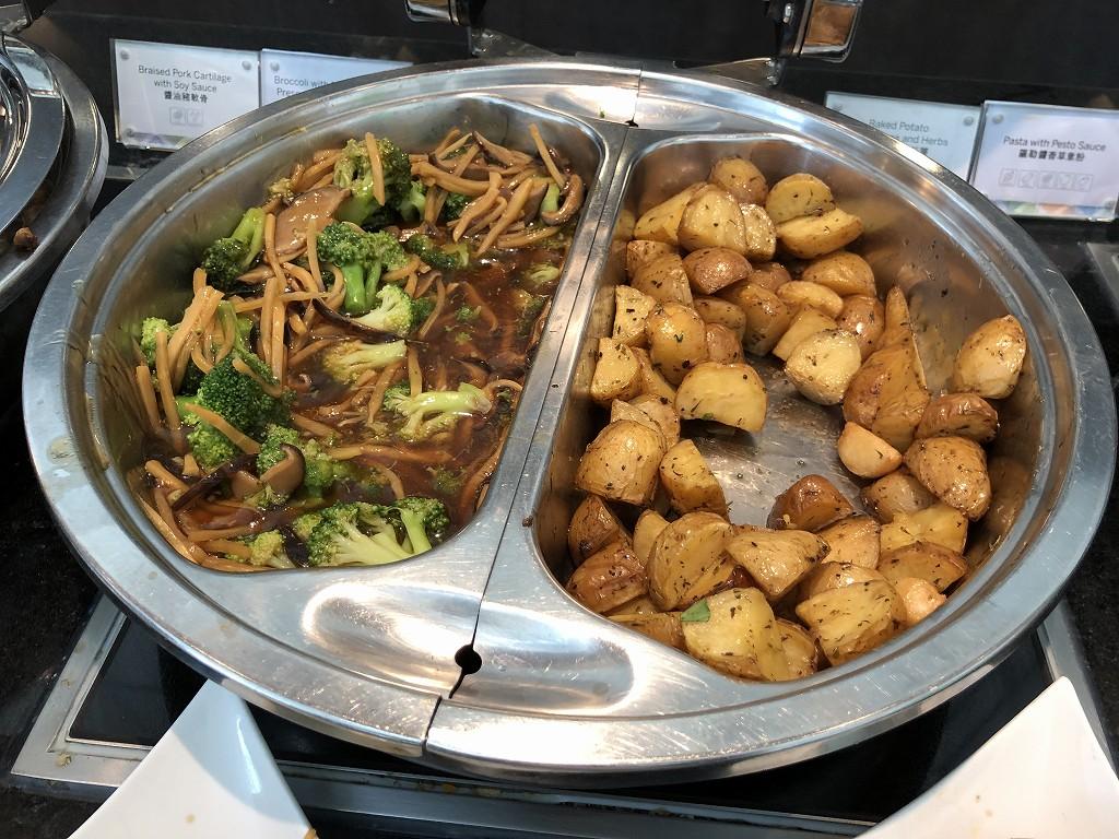 香港国際空港のアメリカン・エキスプレス・センチュリオン・ラウンジのフード3