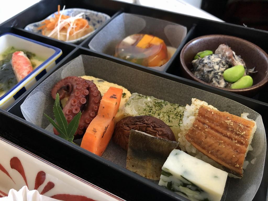 JAL26便ビジネスクラスの和食の機内食4
