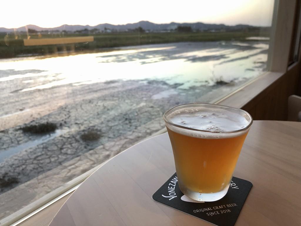 スイデンテラスのSAKE BARでクラフトビール