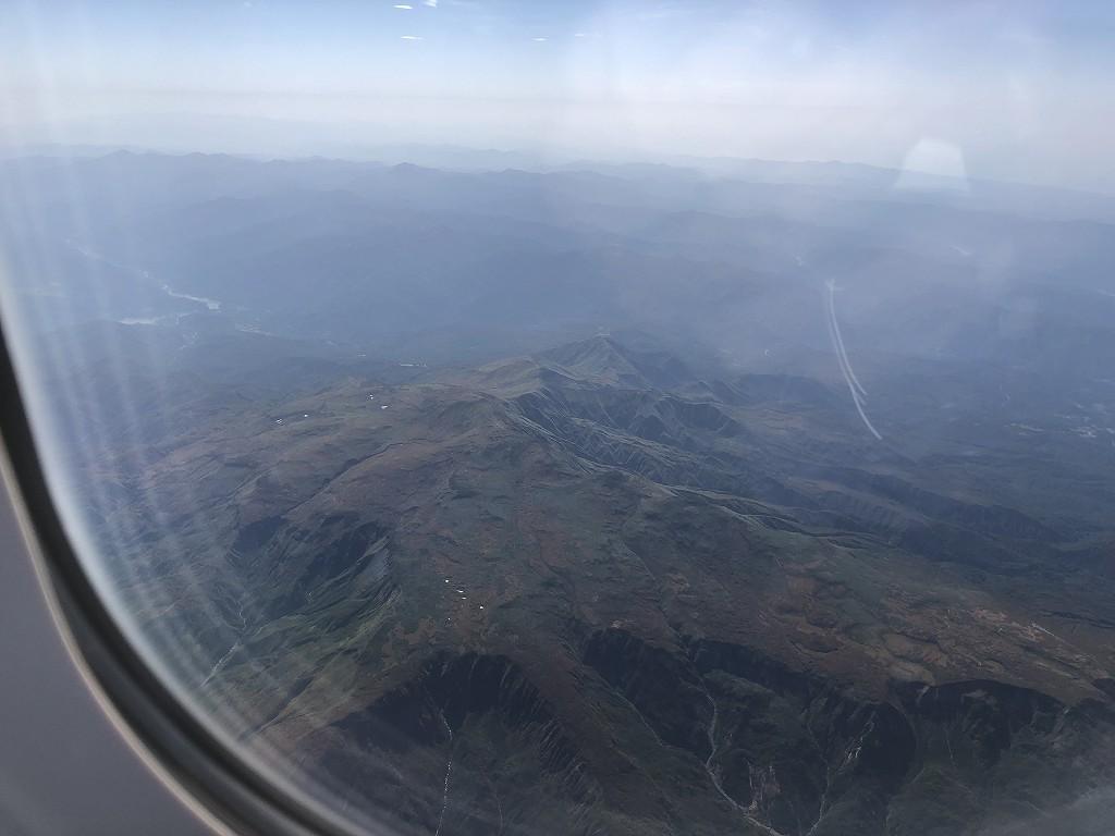 ANA398便から見た月山