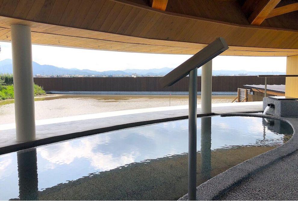 スイデンテラスの天色の湯の露天風呂