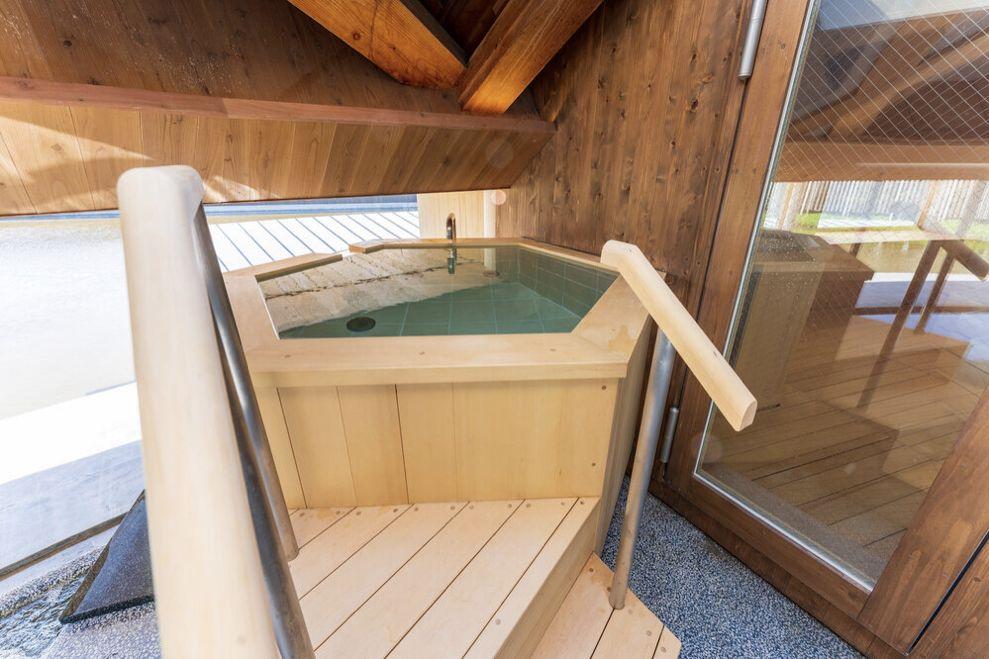 スイデンテラスの天色の湯の水風呂