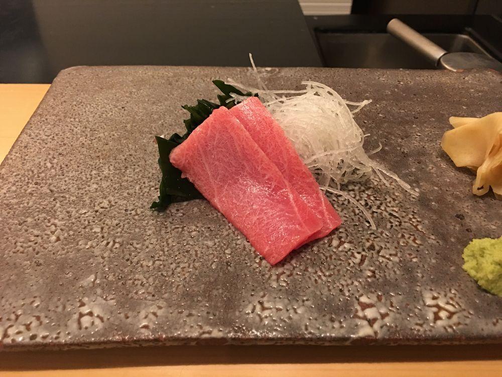 ウェスティン朝鮮ソウルの鮨朝のマグロ