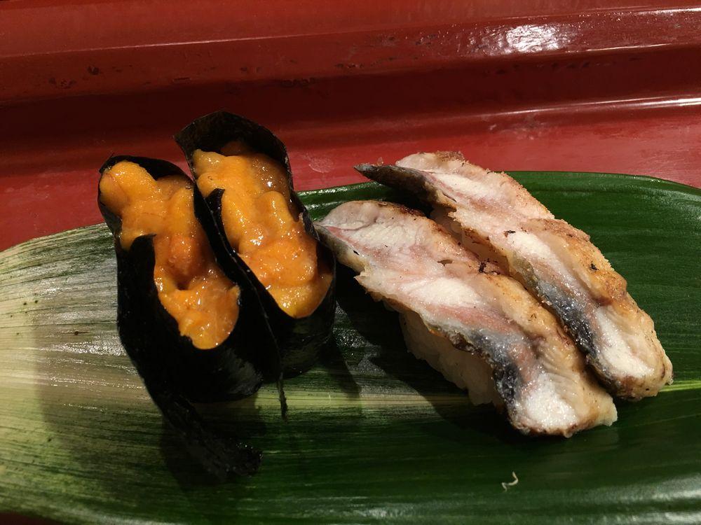 寿司 花一のウニの握り