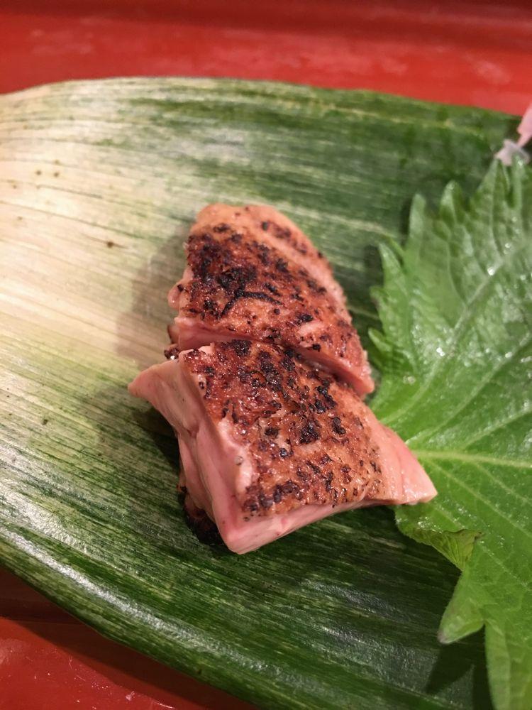 寿司 花一のカレイの肝炙り
