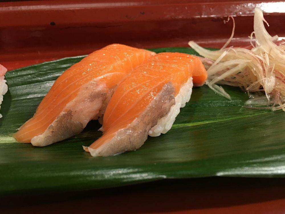 寿司 花一のサーモン