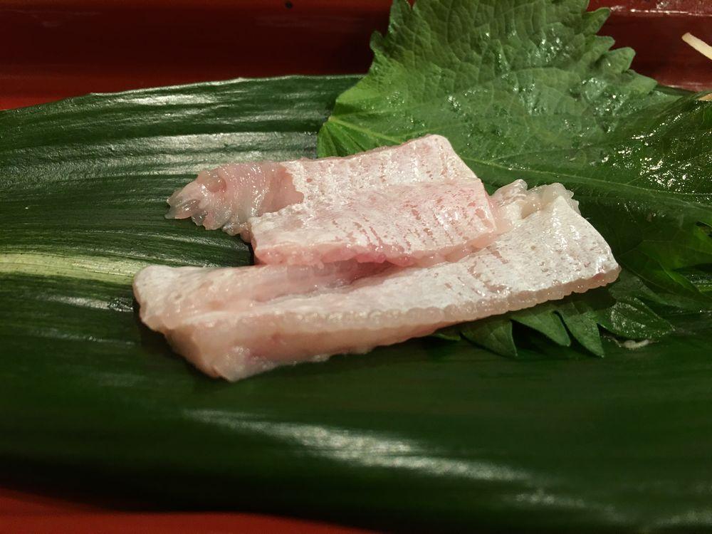 寿司 花一のカレイのエンガワ