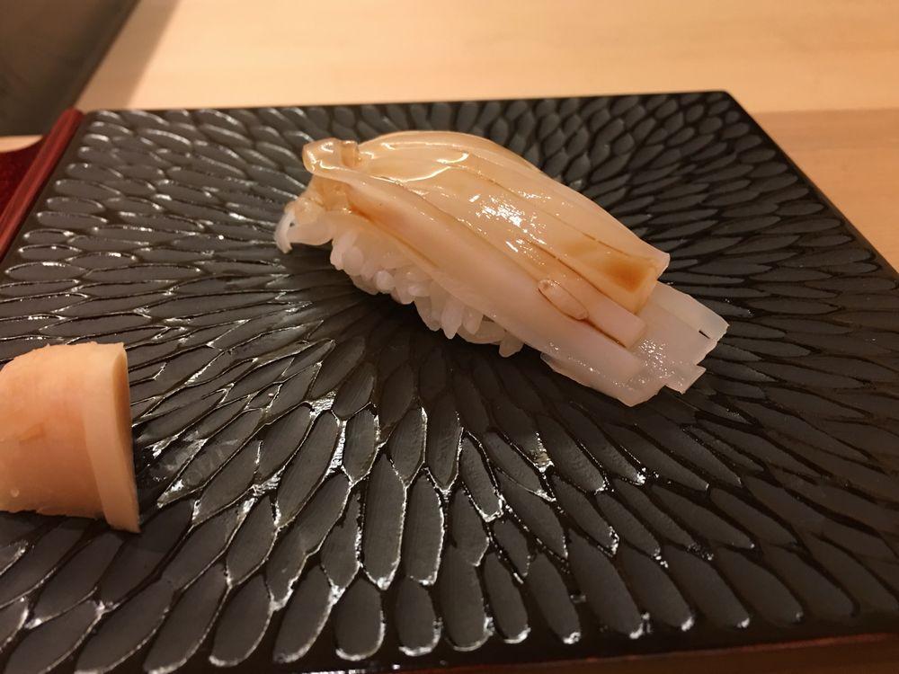 鮨舳のヒラメの昆布締め