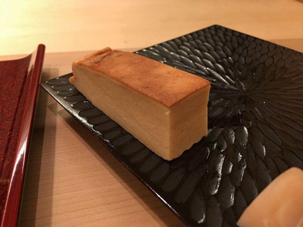 鮨舳の玉子
