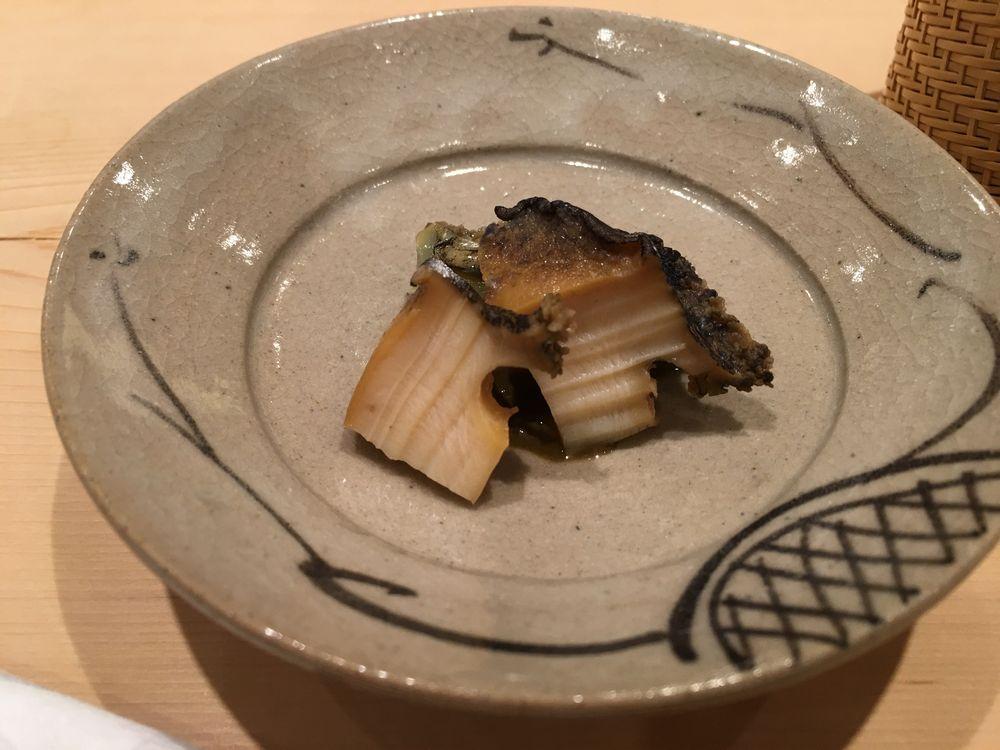 薄野 鮨金のアワビ